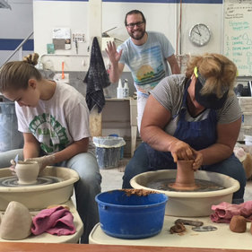Ceramic Classes at Muddy's Studio